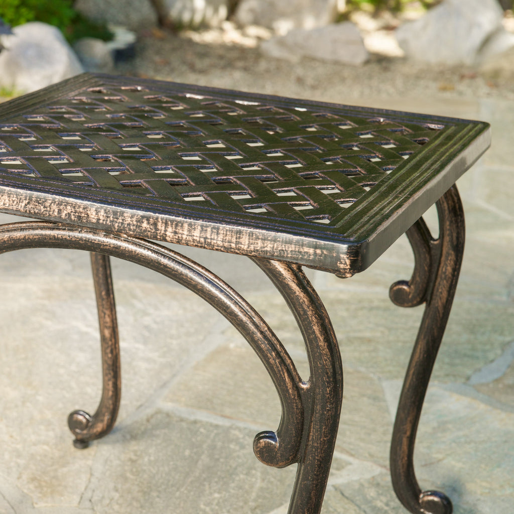 Hyde Outdoor Cast Aluminium Accent Table (Set of 2)