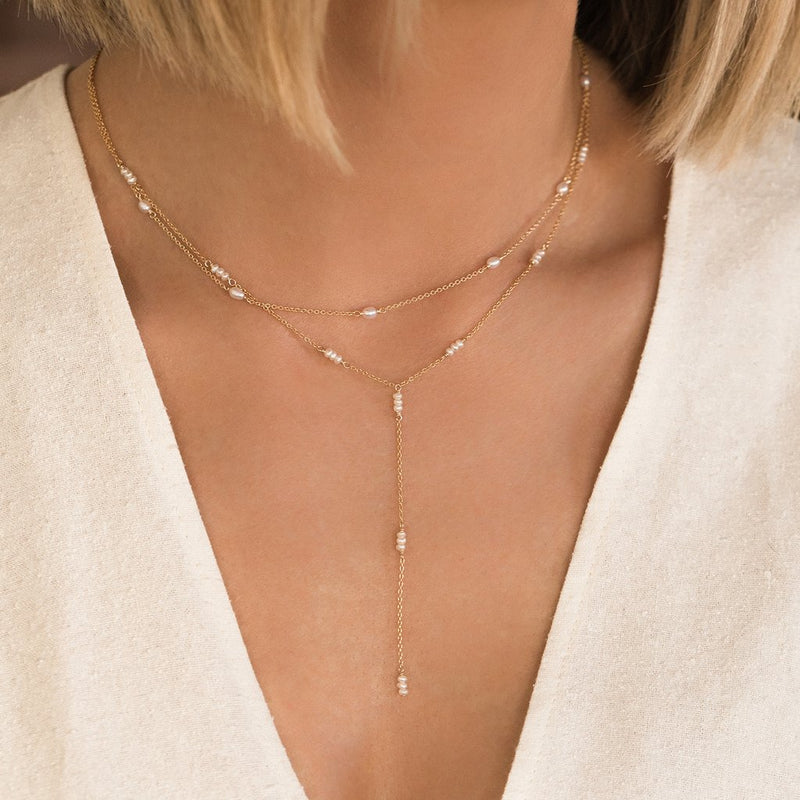 LEAH ALEXANDRA STRAND LARIAT NECKLACE | PEARL