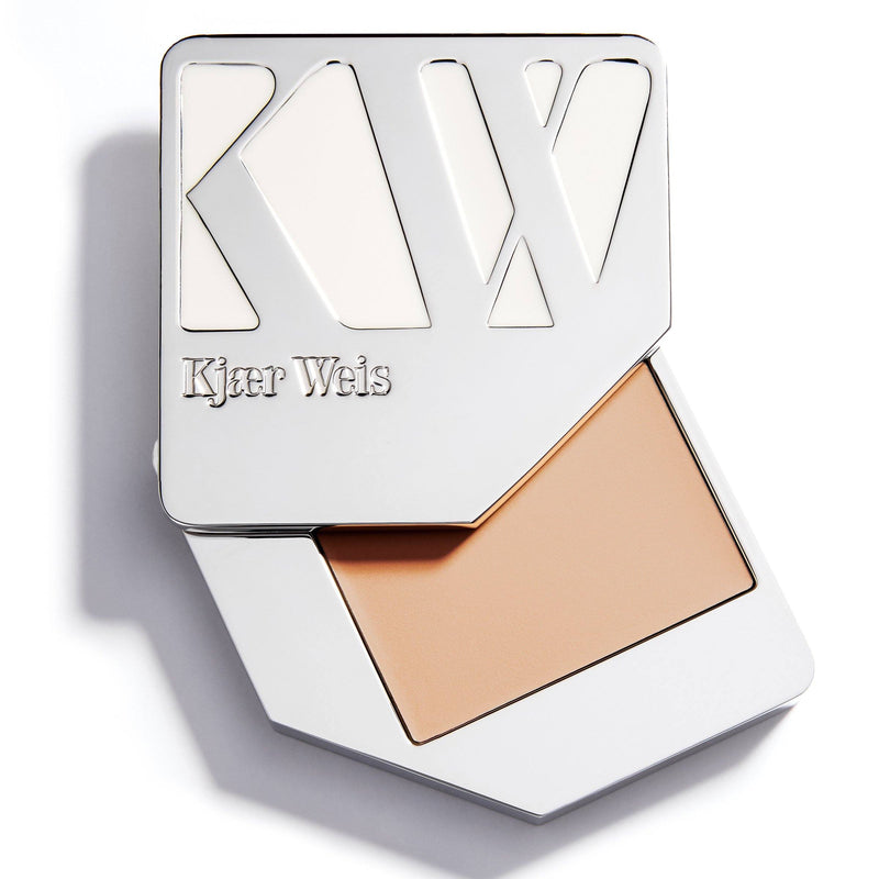 Cream Foundation Cosmetics - Face Kjaer Weis WEIGHTLESS