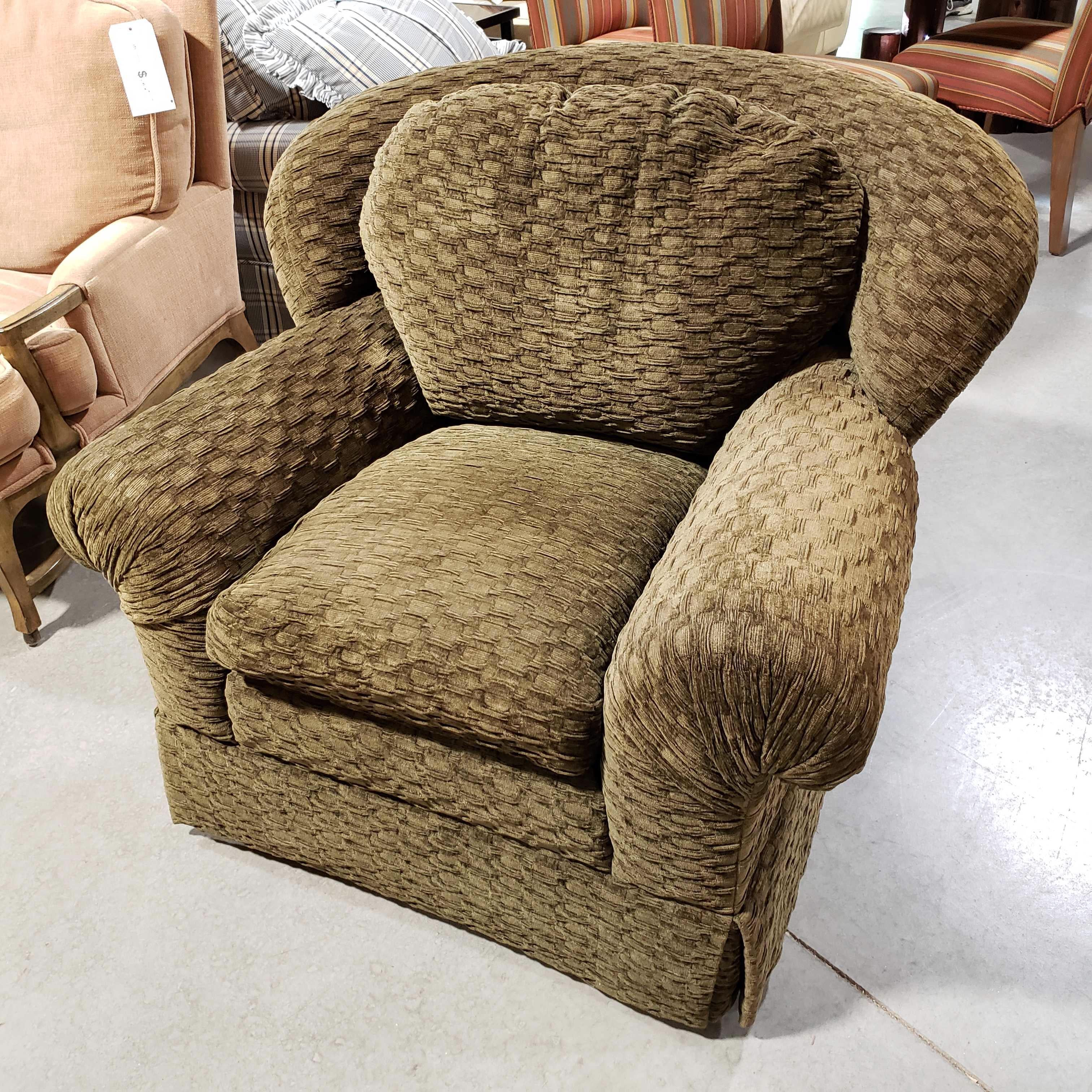 "42""x 41""x 36.5"" National Upholstery Marshmellow Olive Arm Chair"