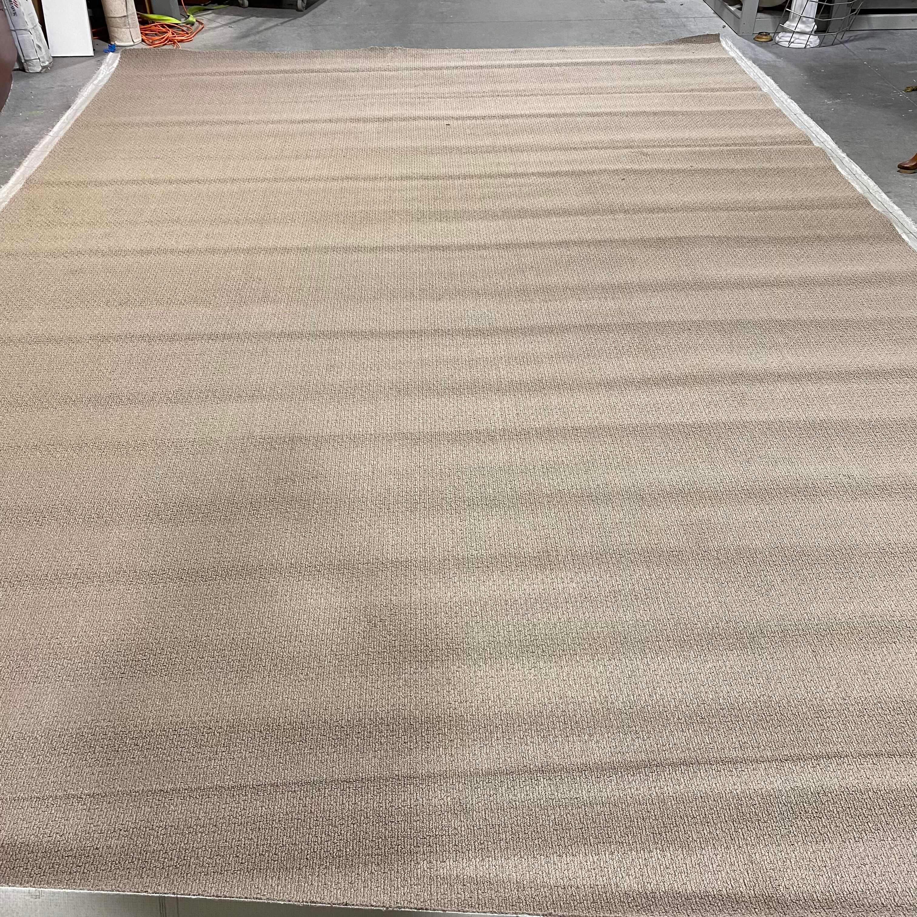 "17' 8"" x 12' Carpet Roll 5 212 Square Feet"