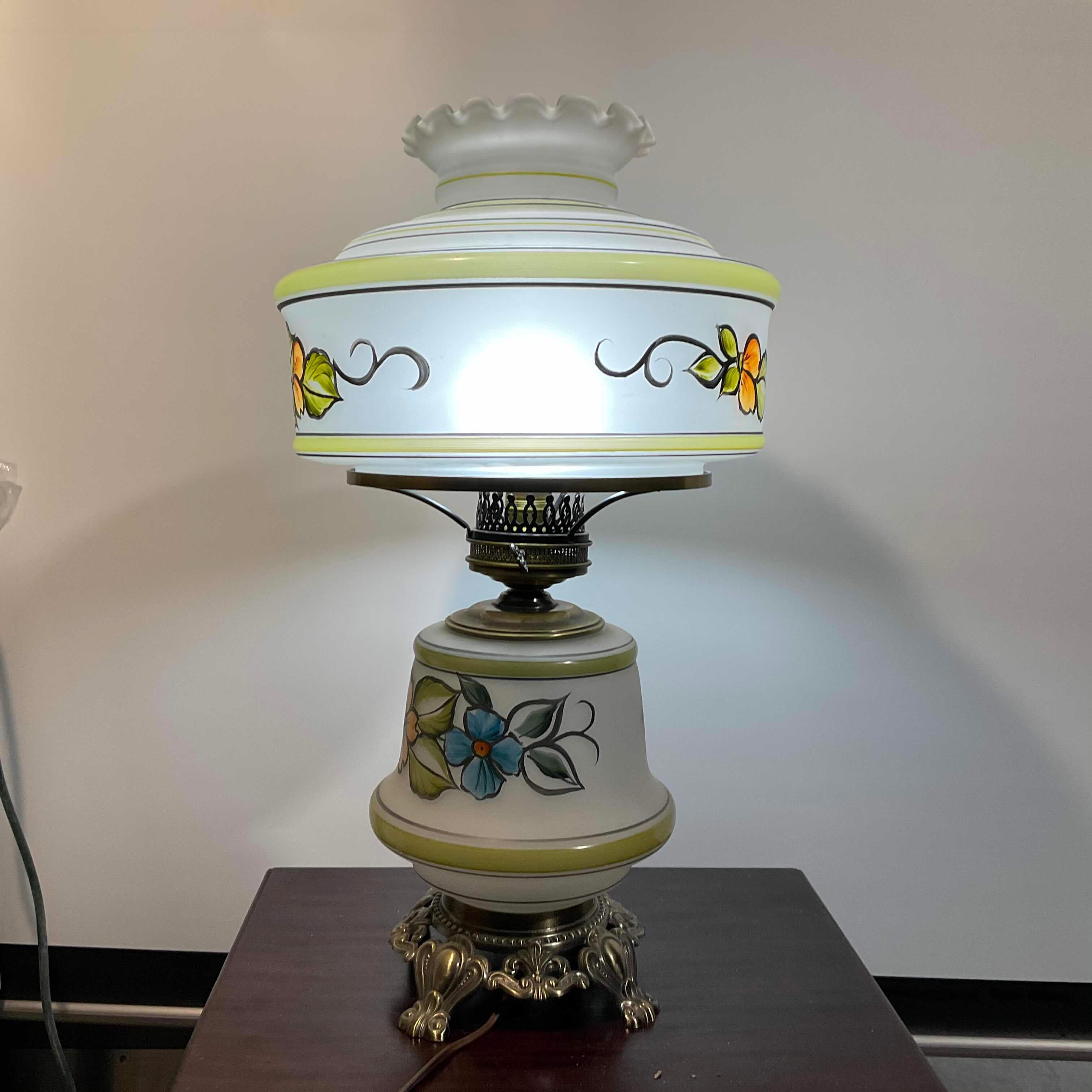 "16""x 24"" Vintage Glass with Painted Flower Abigail Adams Table Lamp"