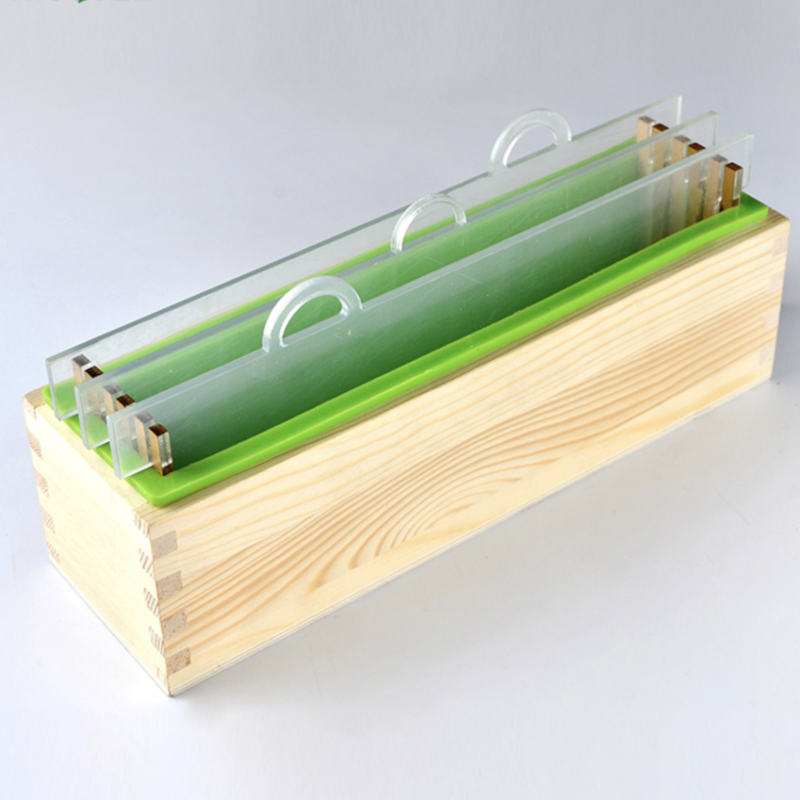 Silicone Liner/Loaf Mould with Rectangular Wooden Box with Acrylic Divider (PUR1015-02)