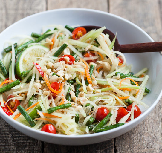 Green Papaya Salad (Som Tum- ส้มตำ)