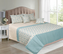 Load image into Gallery viewer, Spring Roses Teal Bedcover