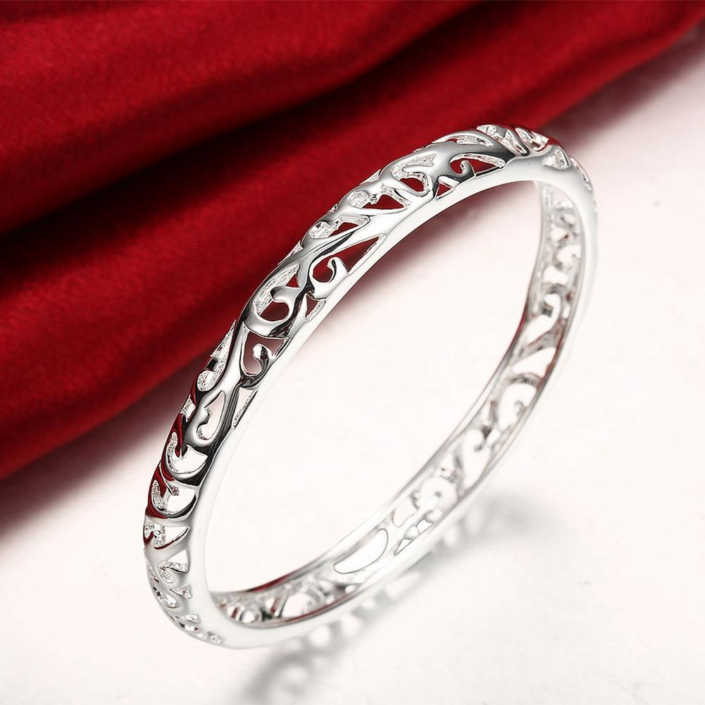 Filigree Heart Bangle in 18K White Gold Plated