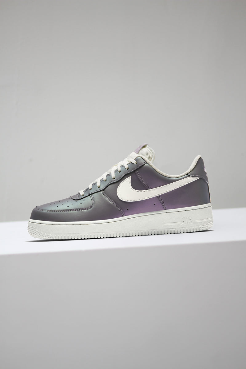 "AIR FORCE 1 '07 LV8 ""ICE LILAC"""