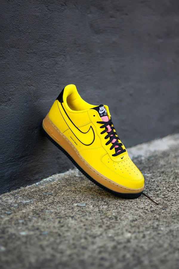 "AIR FORCE 1 '07 LV8 3 ""SPEED YELLOW/GUM"""