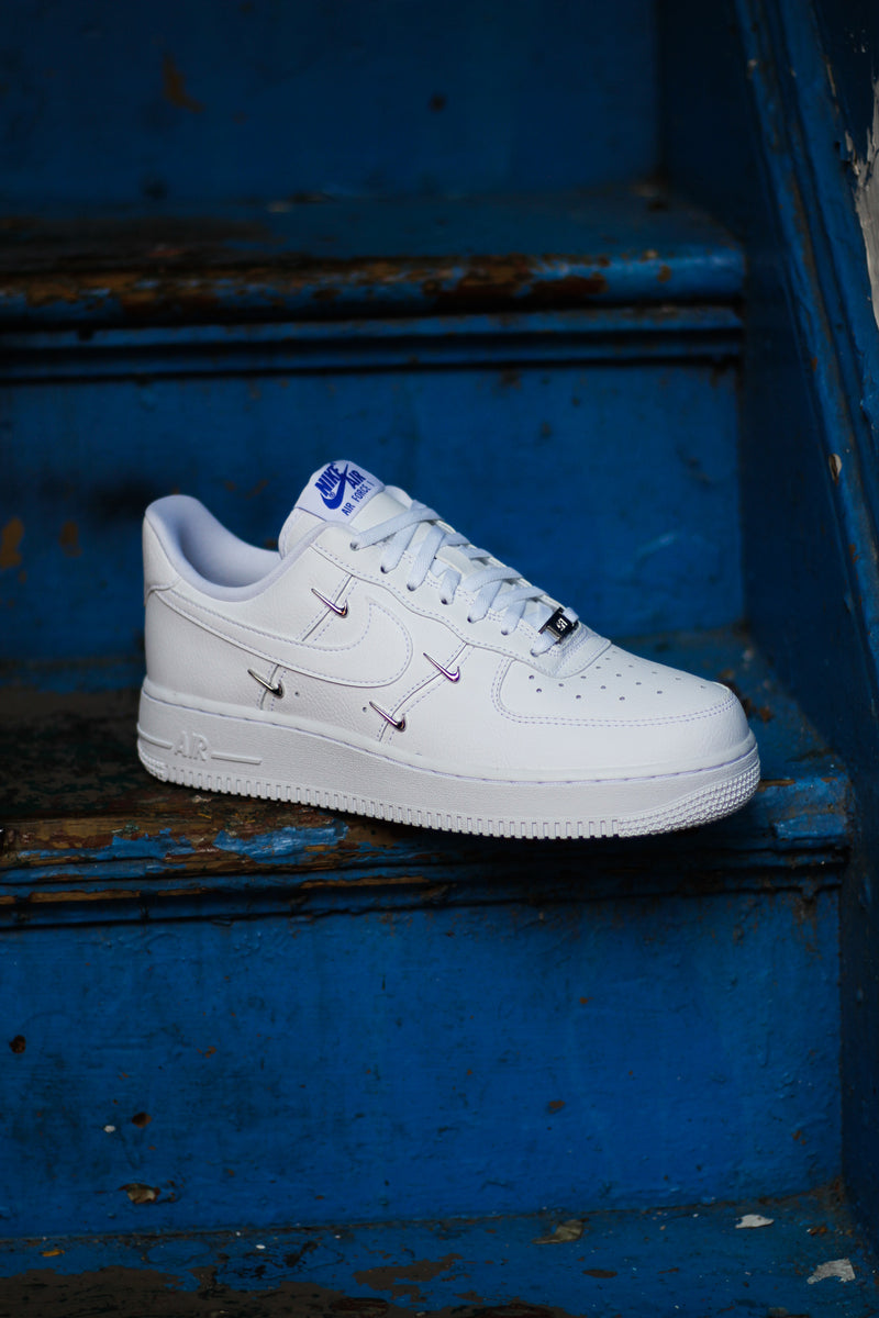"W AIR FORCE 1 '07 LX ""SISTERHOOD"""