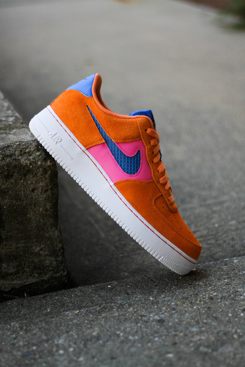 "NIKE AIR FORCE 1 LV8 ""ORANGE TRANCE"""