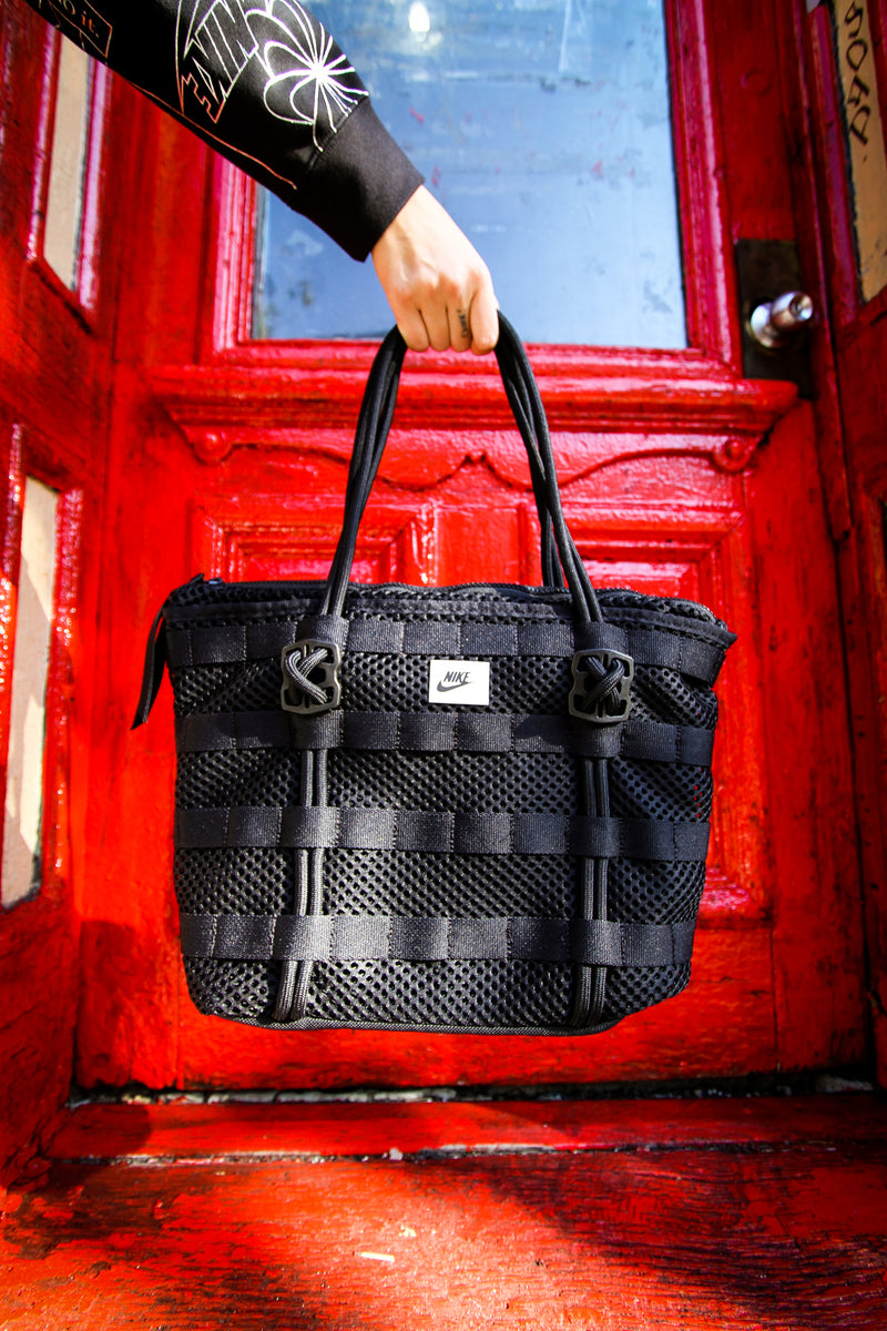 "NIKE TOTE BAG (SMALL) ""BLK"""