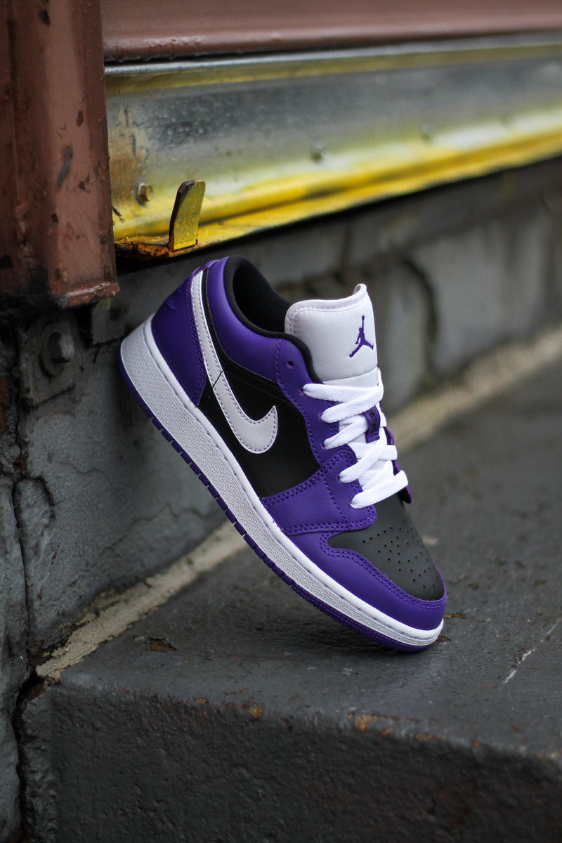 "AIR JORDAN 1 LOW (GS) ""COURT PURPLE"""