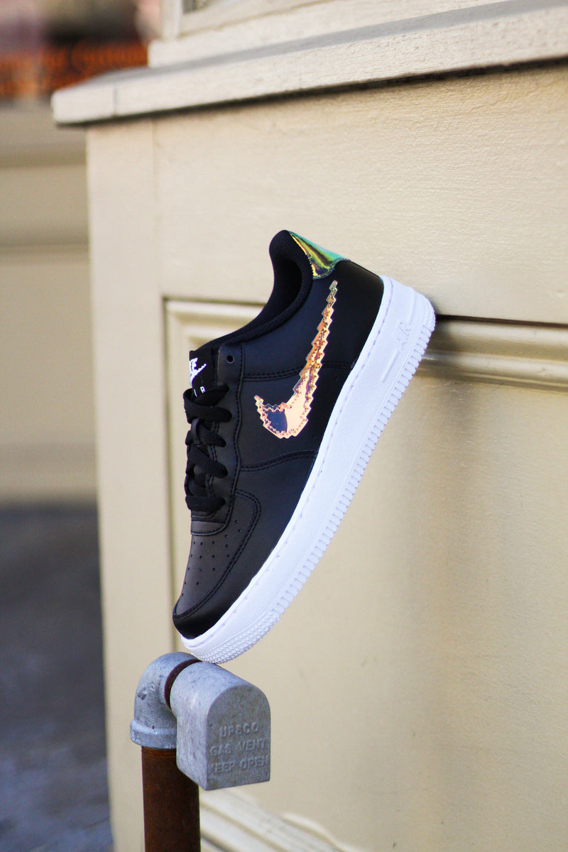 "AIR FORCE 1 LV8 (GS) ""BLACK DIGITAL SWOOSH"""