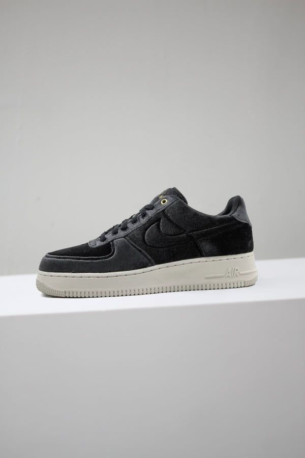 "AIR FORCE 1 '07 PRM 3 ""BLK VELOUR"""