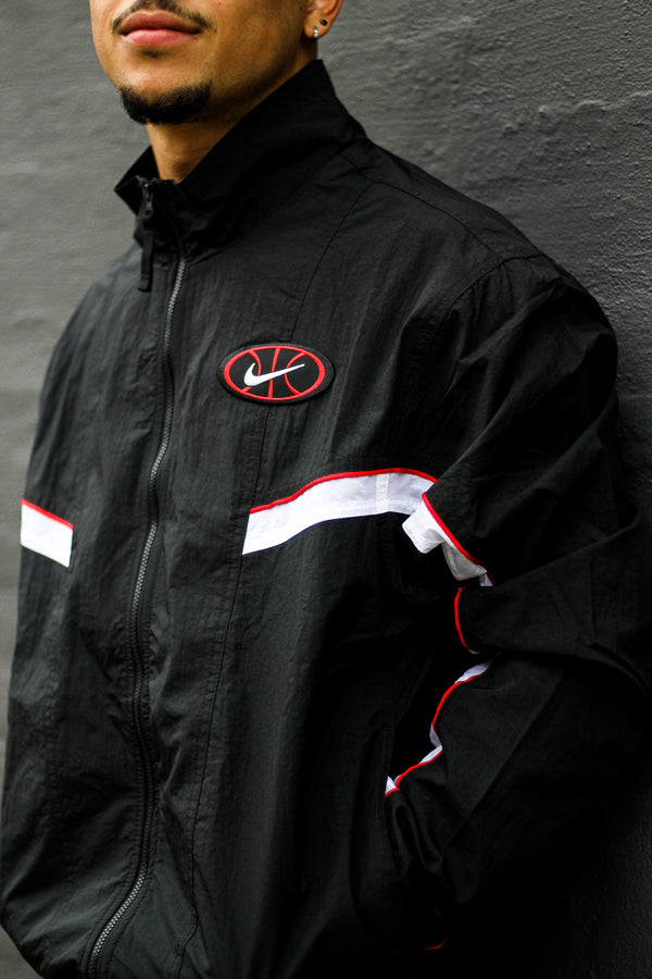"NSW THROWBACK WOVEN JACKET ""BLACK/RED"""