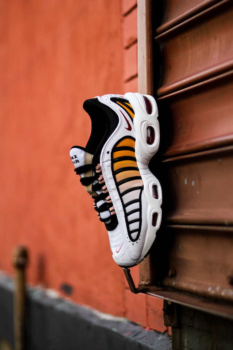 "W AIR MAX TAILWIND ""WHITE"""