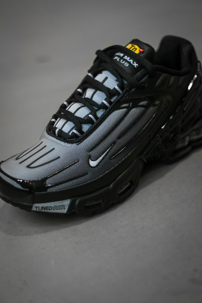 "AIR MAX PLUS III ""BLACK"""