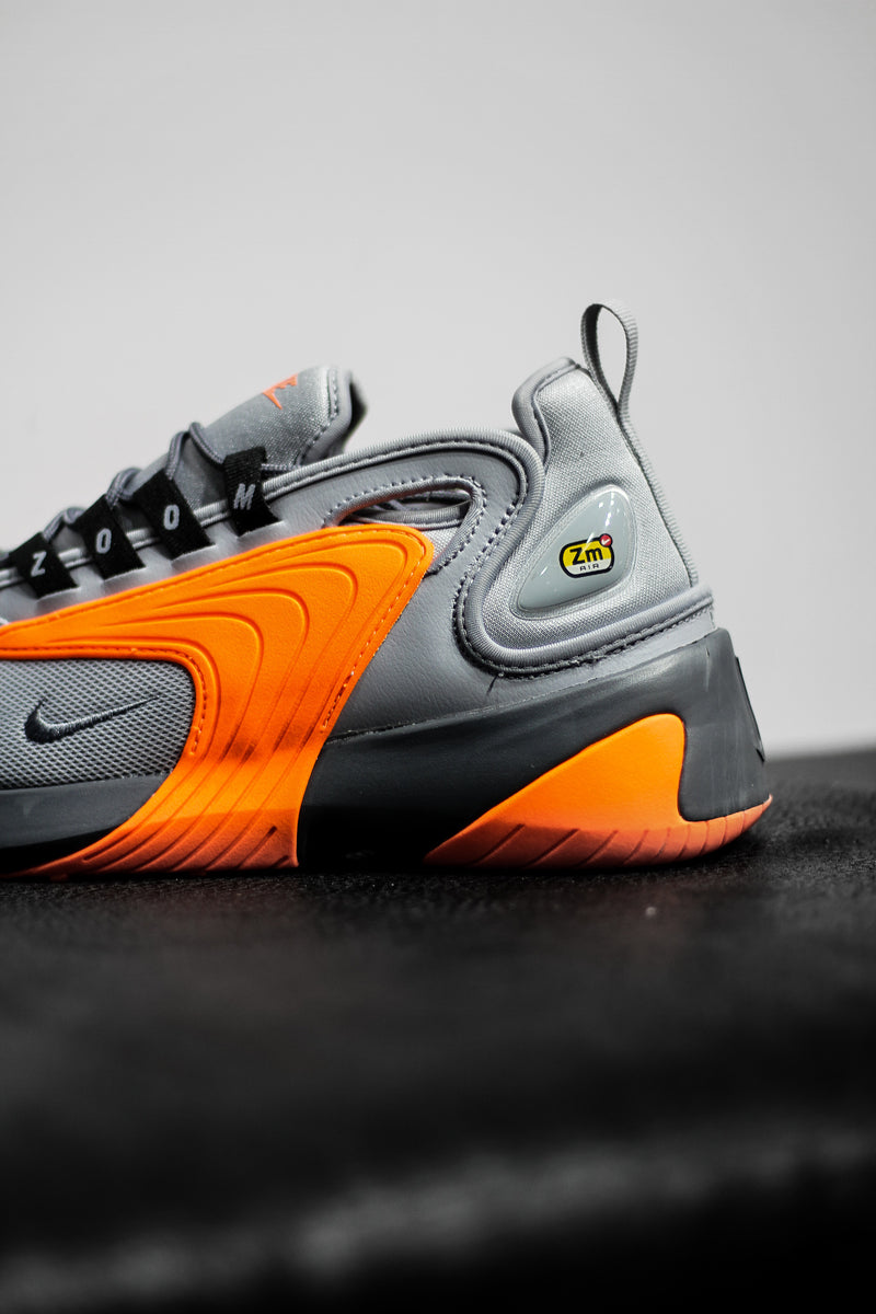 "ZOOM 2K ""WOLF GREY/ORANGE"""