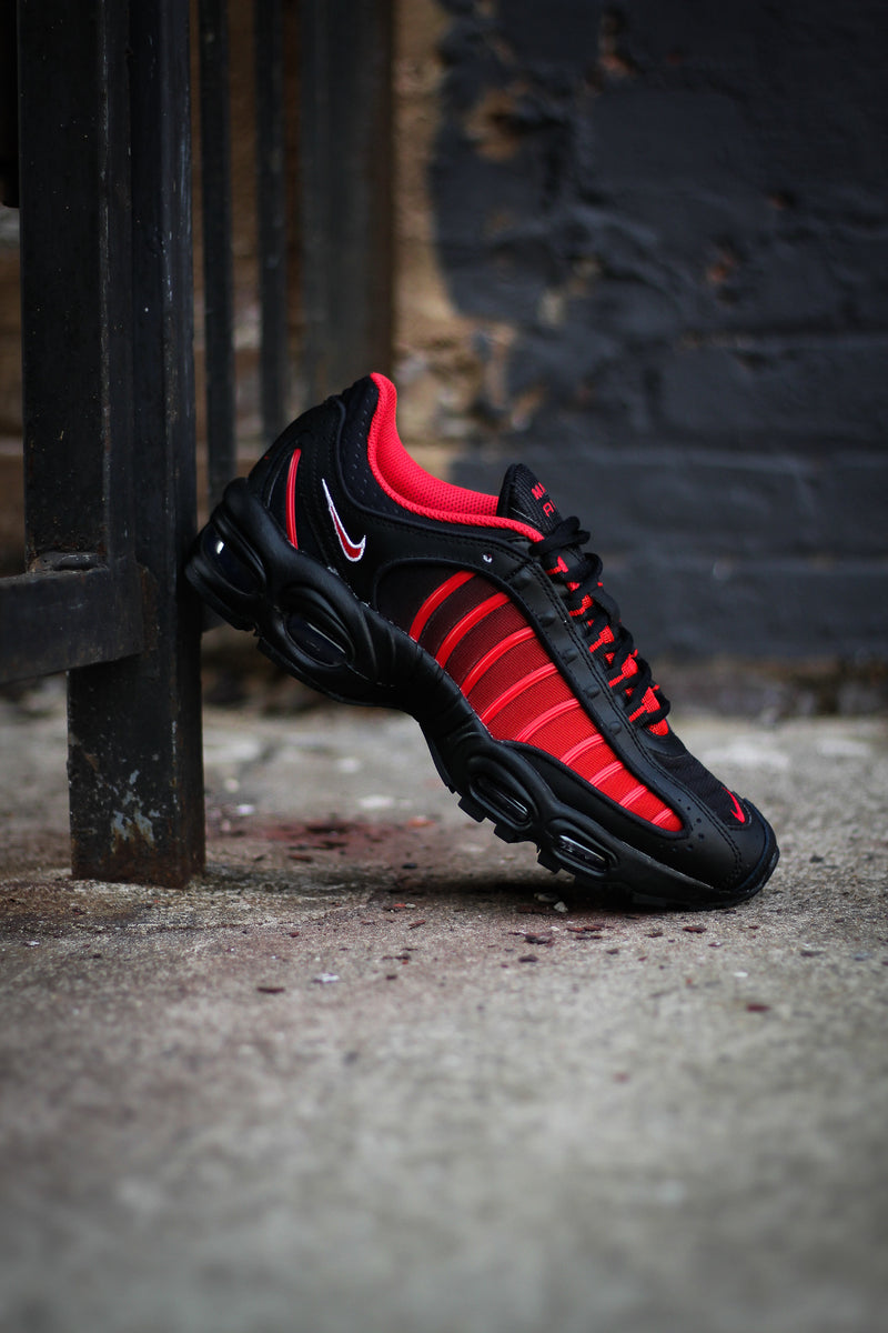 "AIR MAX TAILWIND IV (GS) ""UNI RED"""