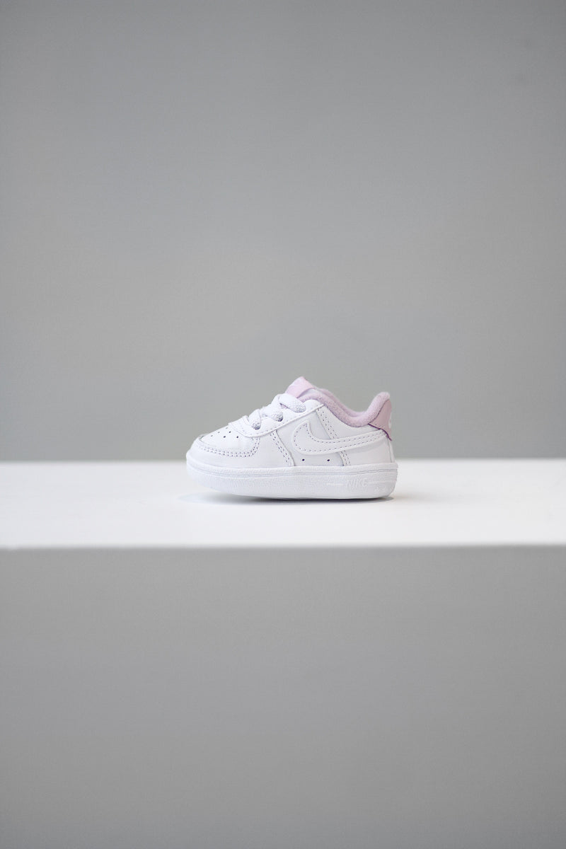 "NIKE FORCE 1 CRIB ""WHT/LILAC"""