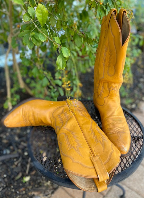 Vintage Tony Lama Cowboy Boots. Made in the USA in the 1970's