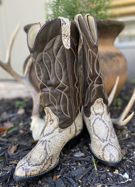 Vintage inspired Faux Python Skin Cowboy Boots. These are in remarkable condition with very little wear.