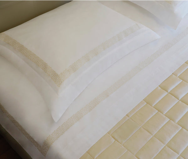 Aiko Duvet Cover Set - Natural White/Champagne