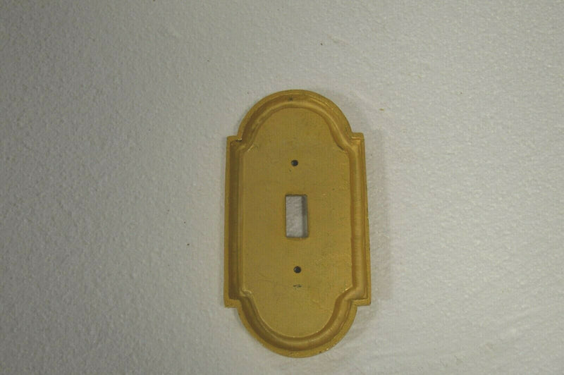 SHERLE WAGNER ribbon and reed 24k gold plated plug in socket plate