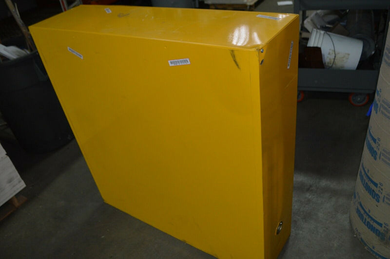 CONDOR 24 gal. Flammable Cabinet, Manual Safety Cabinet Door Type 42X498A