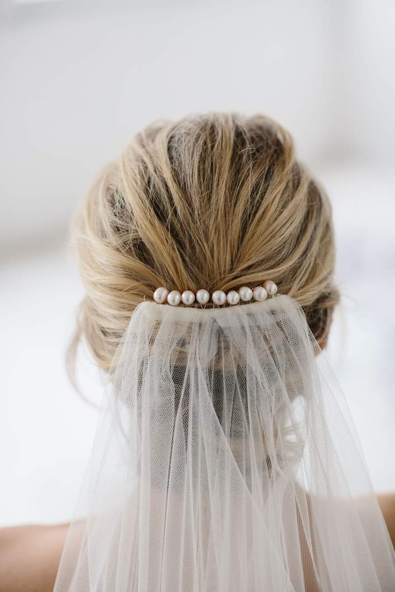 Amelie George - Gold Freshwater Pearl Hair Pins