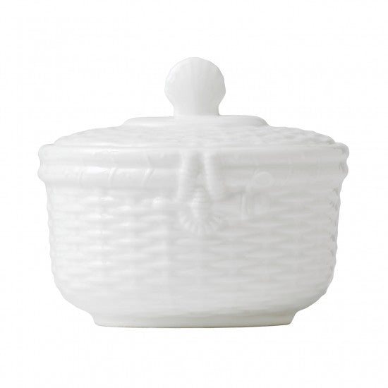 Wedgwood Nantucket Basket Covered Sugar