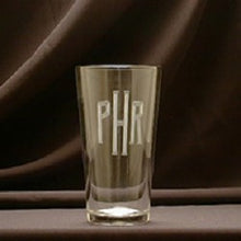 Load image into Gallery viewer, Monogrammed 16oz Pub Glass
