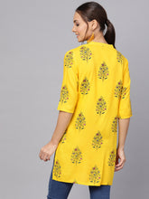 Load image into Gallery viewer, Queen ellie Women Yellow Floral Print Straight Kurti