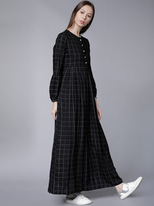 Queen ellie Women Black Checked Maxi Dress