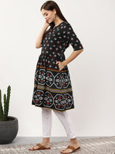 Load image into Gallery viewer, Queen Ellie Magenta and black self-design Kurti
