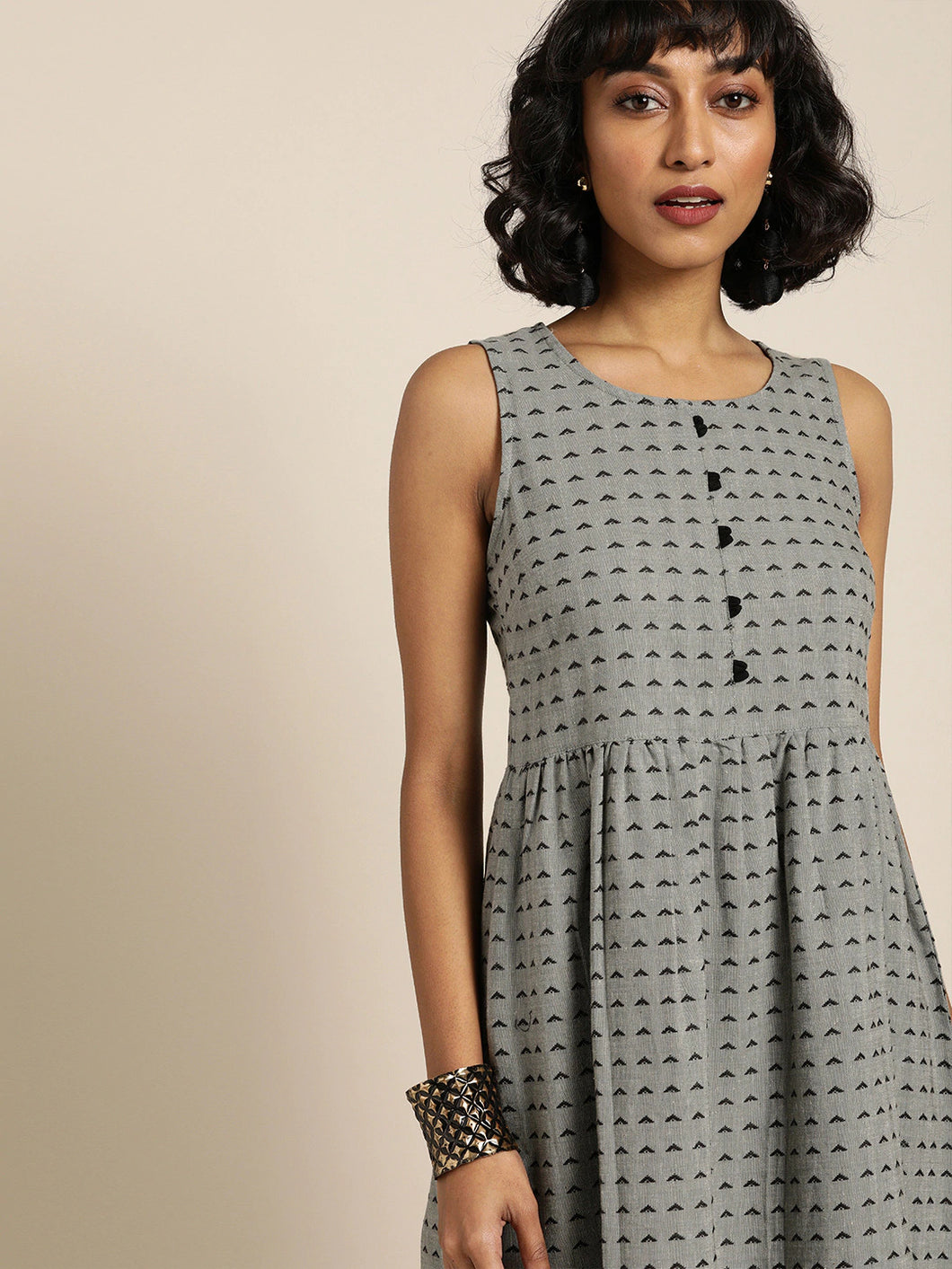 Queen ellie Women Grey & Black Self Design Woven Legacy A-Line Midi Dress with Gathers