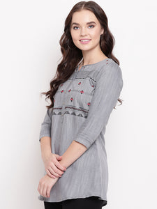 Queen ellie Women Grey & Black Embroidered A-Line Kurti