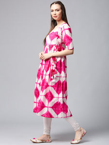 Queen Ellie Women White & Pink Printed Anarkali Kurta