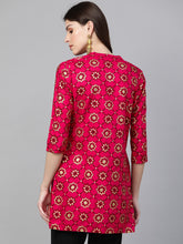 Load image into Gallery viewer, Queen ellie Women Pink & Golden Printed Straight Kurti