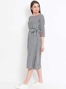 Queen ellie Women Black Checked Fit and Flare Dress