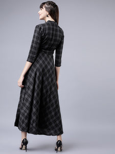 Queen ellie Women Grey & Black Checked Empire Dress