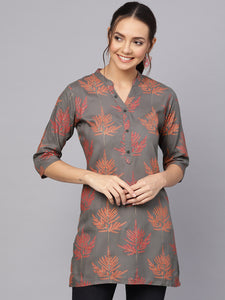 Queen ellie Women Charcoal Grey & Red Printed Straight Kurti