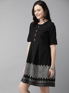 Queen ellie Women Black Printed A-Line Dress