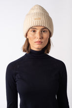 Load image into Gallery viewer, Wool Beanie Hat Off White