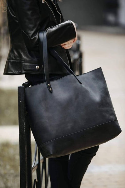 All-Black-Outfit-Tote-Bag