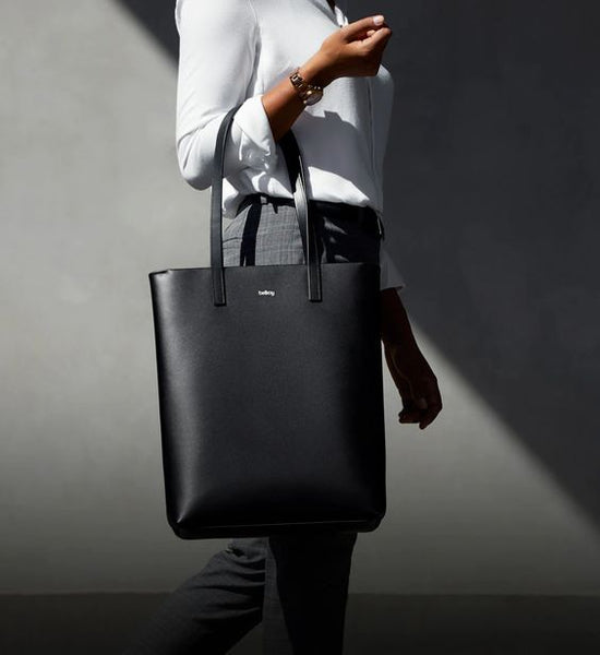 Black-And-White-Outfit-Black-Tote-Bag
