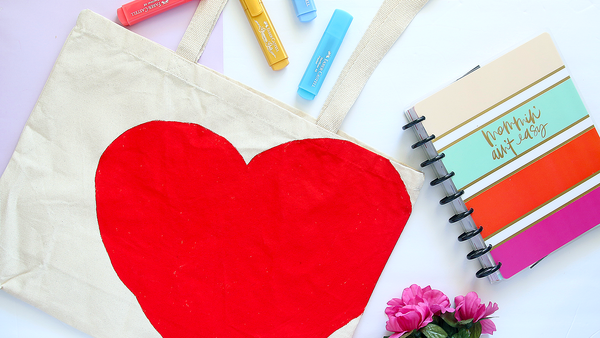 Oversized-Heart-Paint-Tote-Bag