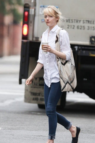 Emma Stone carrying canvas tote bag
