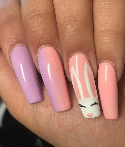 Paint some Easter nails