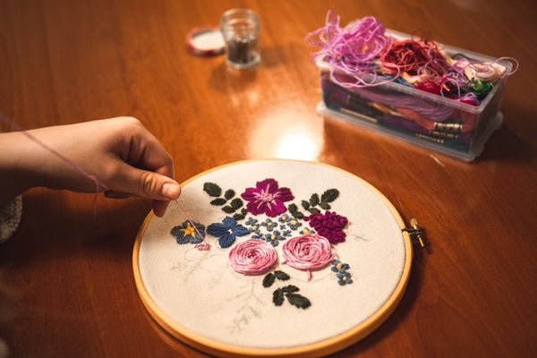 Woman-Weaving-Embroidery
